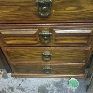 4 Dr Dresser for Sale in Everett, WA