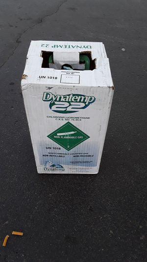 Dynatemp R22 refrigerant freon 30 lb sealed brand new for Sale in Denver, CO