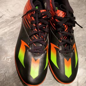 SIZE 10 Messi 15.3 Indoor Soccer Shoes for Sale in Richboro, PA