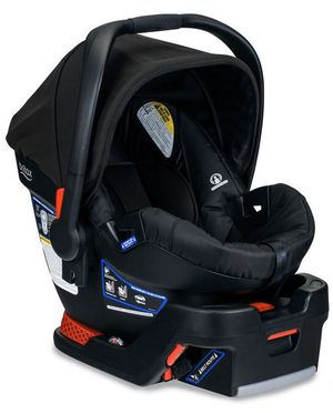 Britax B Safe 35 Infant Car Seat for Sale in Brooklyn, NY