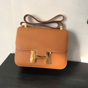 Hermes leather bag for Sale in Fort Lee, NJ