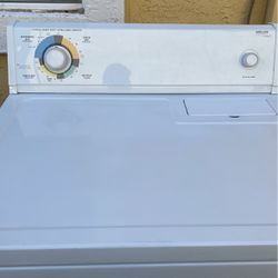 Kirkland By Whirlpool Electric Dryer for Sale in Fairfield,  CA