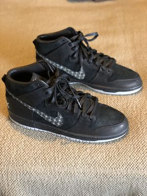 Nike SB x Black Bar Zoom Dunk High Pro QS Shoes Mens Size 11 for Sale in Riverside, CA