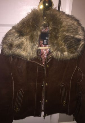 Nice woman's leather jacket. for Sale in Ashburn, VA