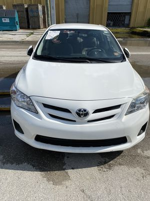 2009-2013 TOYOTA COROLLA PARTS OUT for Sale in Miami, FL