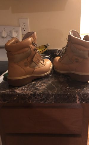 Fresh timberlands. Like new. . Size 9 for Sale in Washington, DC