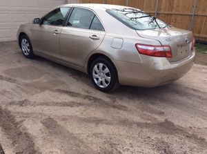 Toyota Camry.. drives like new ..clean title in hand for Sale in Duncanville, TX