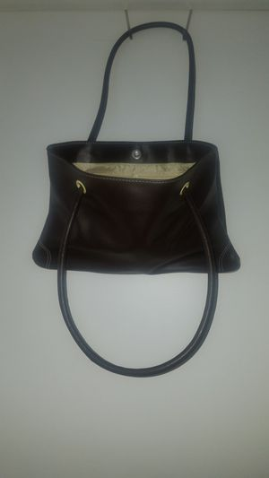 New. Brown Hand Bag for Sale in Smithville, MO