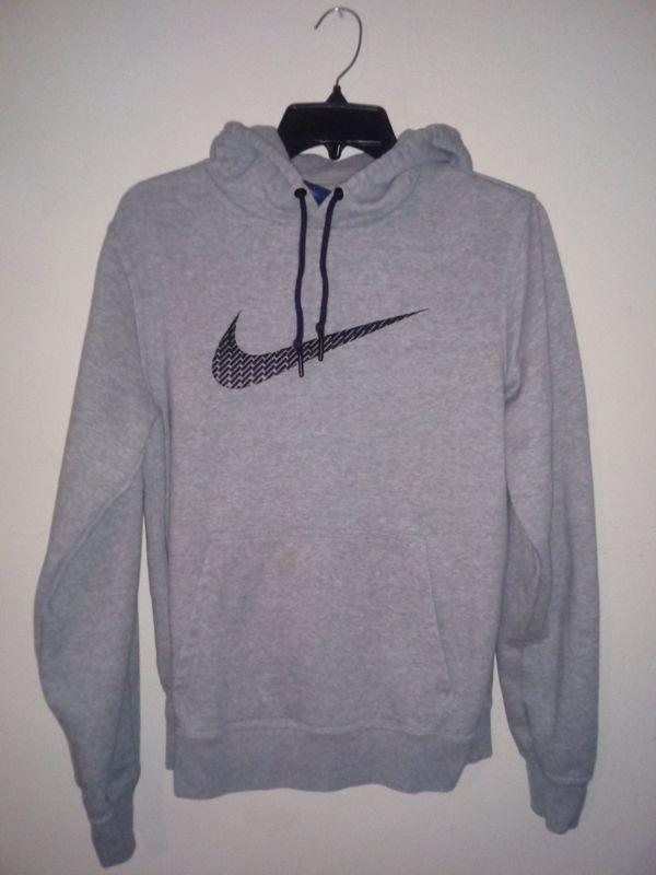 Girls grey nike hoodie size small