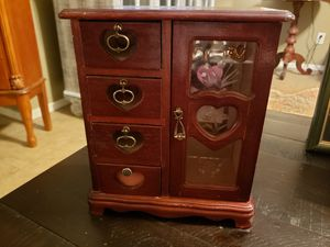 Gorgeous cherry wood jewlery box for Sale in Fort Smith, AR