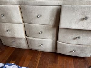 Diamond Knob Dresser for Sale in Washington, DC