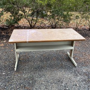 Free 60 Inch Table for Sale in Bethesda, MD