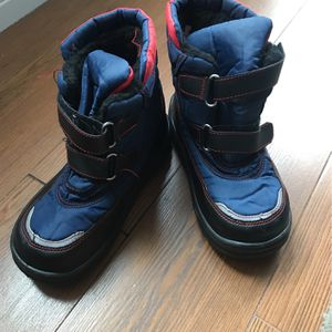 Kids Or Boys Snow Boots Size 3 for Sale in Placentia, CA
