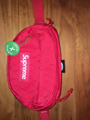 Red On Red Fanny Pack Supreme for Sale in Rockville, MD