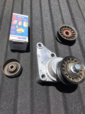GMC Sierra / Chevy Silverado belt tensioner / fuel filter for Sale in San Diego, CA