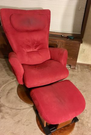 Recliner chair for Sale in Frederick, MD