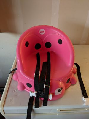 Girls booster seat for the table for Sale in Colorado Springs, CO