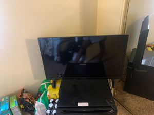 Insignia SMART TV 40 inch for Sale in San Bernardino, CA
