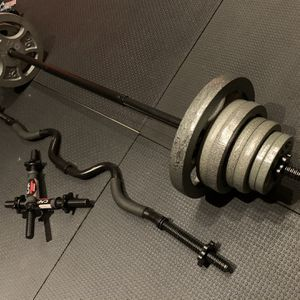 120lbs Adjustable Standard Set. 5ft Straight Bar. Curling Iron . Dumbbell Handles. for Sale in Anaheim, CA