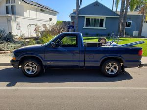 Chevy s10 2000 for Sale in Escondido, CA