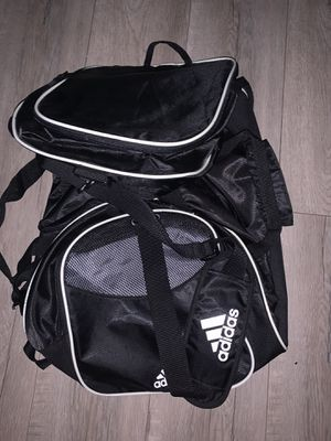adidas backpack for Sale in Rialto, CA