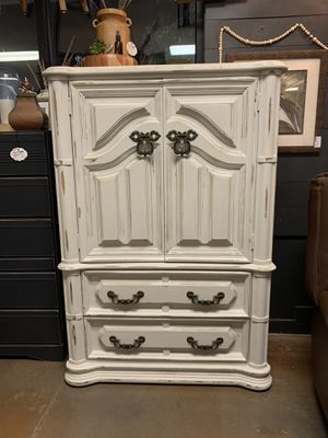 White distressed armoire for Sale in Woodland, WA