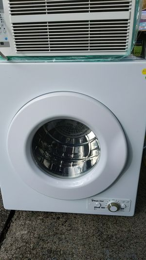Portable dryer magic chef model mcsdry1s for Sale in Portland, OR