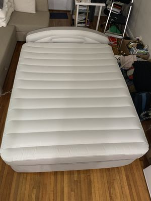 Queen Aerobed with Perfect Pressure Technology, small patch for Sale in New York, NY
