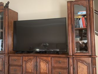 Wood Entertainment Center: 2 Bookshelves And Tv Stand for Sale in Burbank,  CA