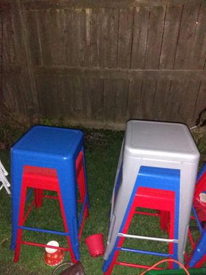 8 metal stools red blue silver - Counter, kitchen, bar, garage, band stools chair for Sale in Wyandotte, MI