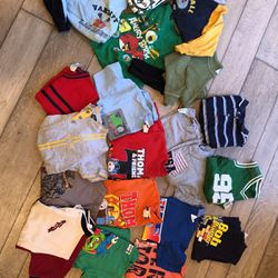 BOYS SIZE 4T Shirts for Sale in Annandale,  VA