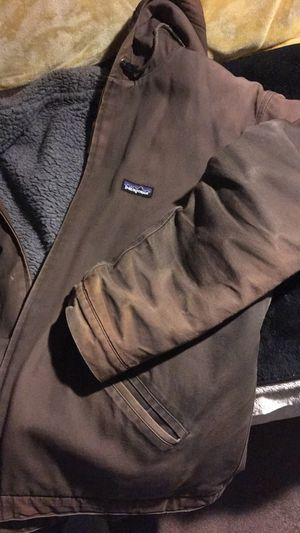 Patagonia MENS work coat for Sale in Reynoldsburg, OH