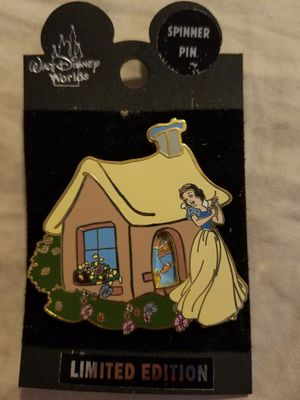 Disney snow white pin for Sale in Arlington, TX