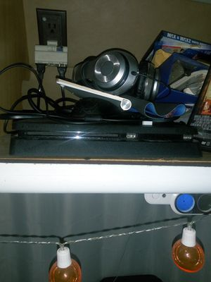 PS4 Slim 1TB, Turtle Beach Headset, Spider-Man, God of War and Dying Light for Sale in Beaumont, CA