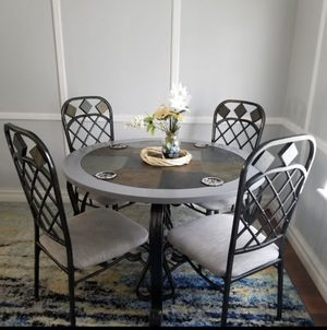 Nice Dining table and chairs for Sale in Tulsa, OK