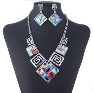 Lovely geometric necklace set for Sale in Pleasanton, CA