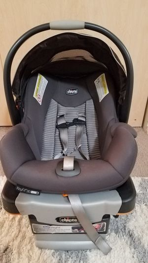 Chicco infant car seat for Sale in Portland, OR