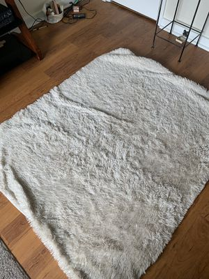 White Faux Fur Blanket for Sale in Portland, OR