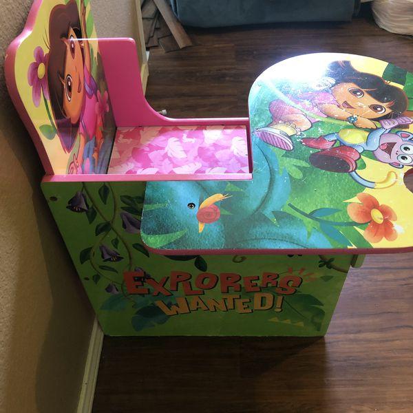 Dora chair/desk