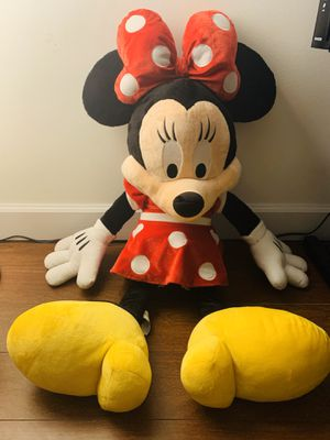 Minnie stuffed animal for Sale in Miami, FL