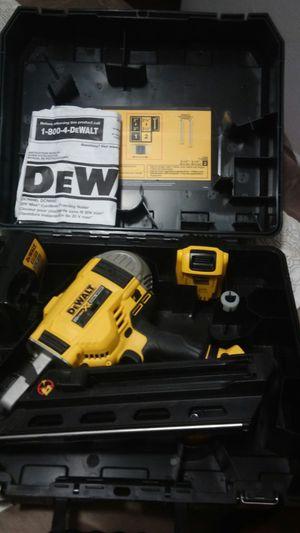 Deawalt nail gun 20v max for Sale in Houston, TX
