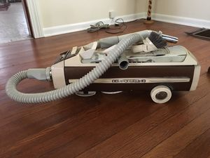 Vacuum Electrolux for Sale in Brecksville, OH