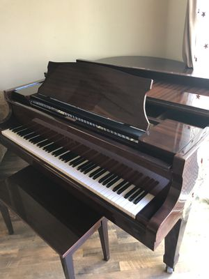 Baby Grand Piano (Sojin cherry wood) for Sale in Vista, CA