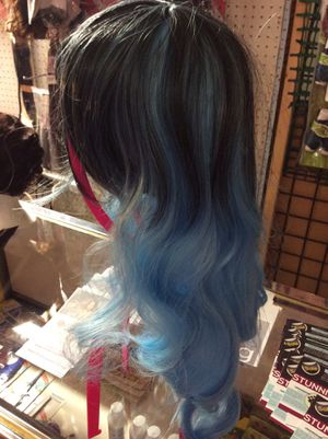 BLUE/BLACK BODY WAVE FRONT BANGS WIG for Sale in Indianapolis, IN