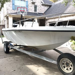 18ft. Javelin Center Console and 175 hp Mariner Motor Water Ready for Sale in Houston, TX