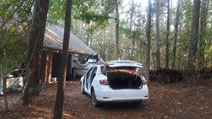 Partes usadas Ford expedion Cambri Ford f150 infiniti puertas motores transmisiones elevadores compresores for Sale in Lawrenceville, GA