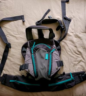 Infantino baby carrier for Sale in Tacoma, WA