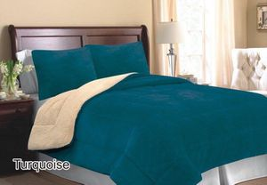 Turquoise color queen size blanket brand new Sherpa backing for Sale in Salem, OR
