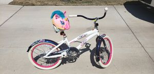 """**NEW** Girl's 20"""" Beach Cruiser WITH Helmet!! for Sale in Round Rock, TX"""