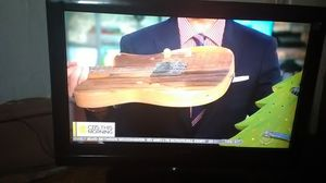 TV 32 inches brand insignia for Sale in Philadelphia, PA
